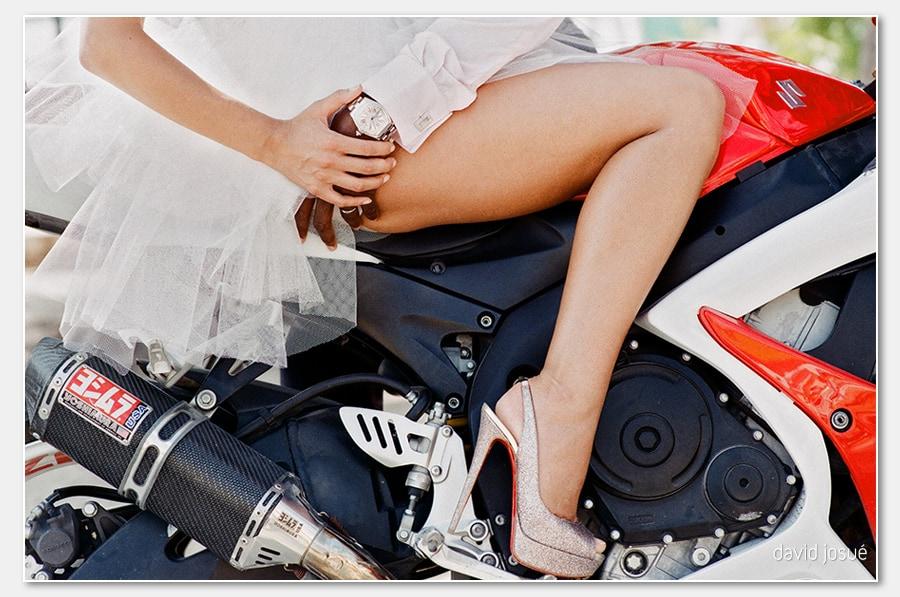 bike.legs .bride .hotwheels