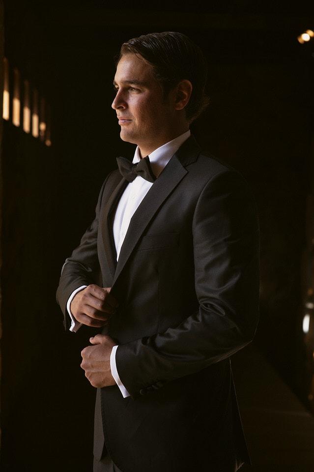 012 groom handsome cool vineyard 1