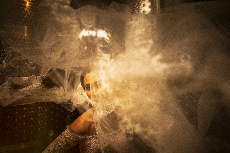 013 bride art potrait veil vineyard ensenada 1
