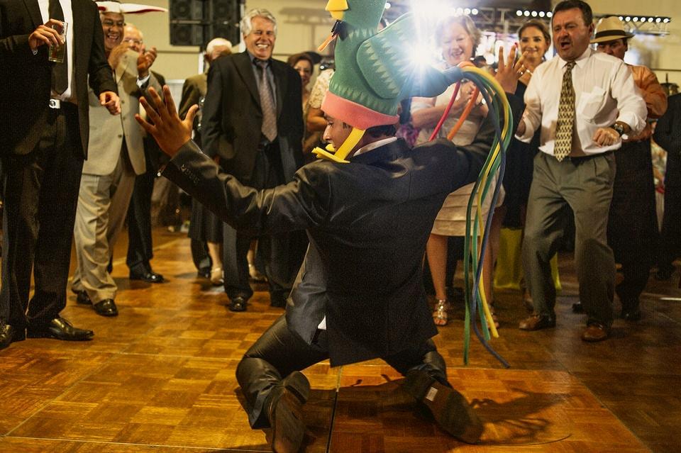 024 party groom wedding vineyard museo del vino wedding rutadelvino 1