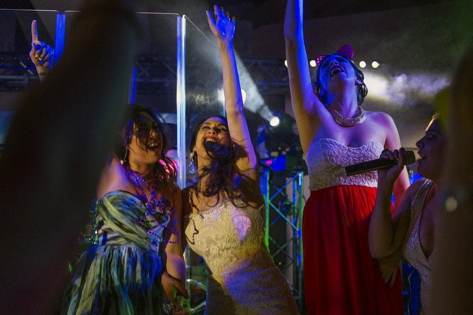 027 bride party sing wedding vineyard museo del vino wedding rutadelvino 1