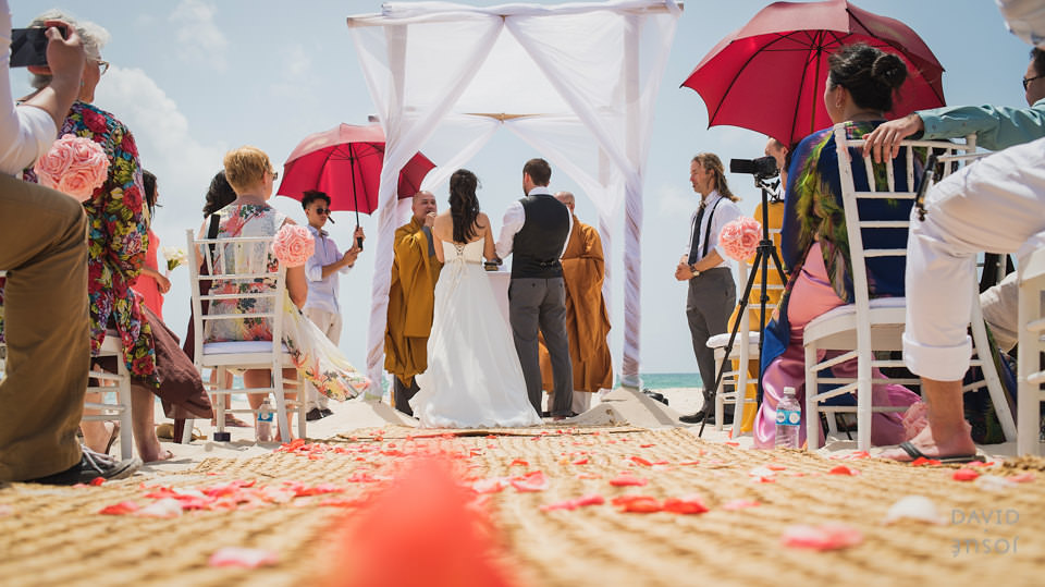 beach-wedding-ceremony-riviera-maya