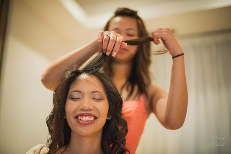 bride-getting-ready-riviera-maya