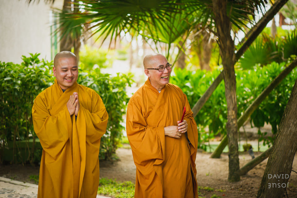 buddhist-monks-riviera-maya-wedding