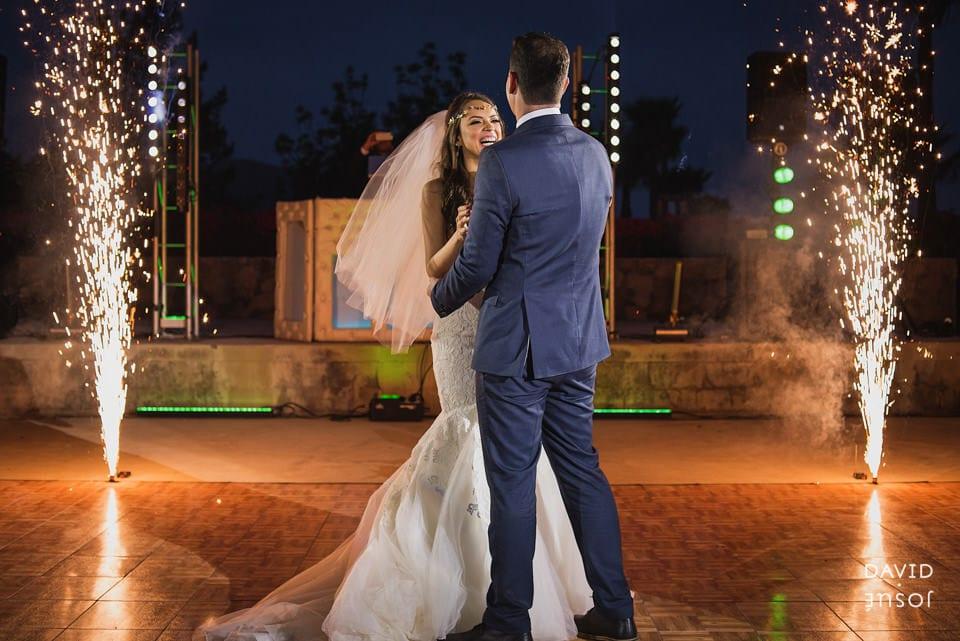 first-dance-parque-la-joya-wedding